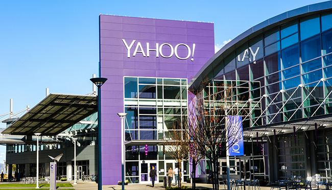 Yahoo scanned incoming emails on behalf of US intelligence
