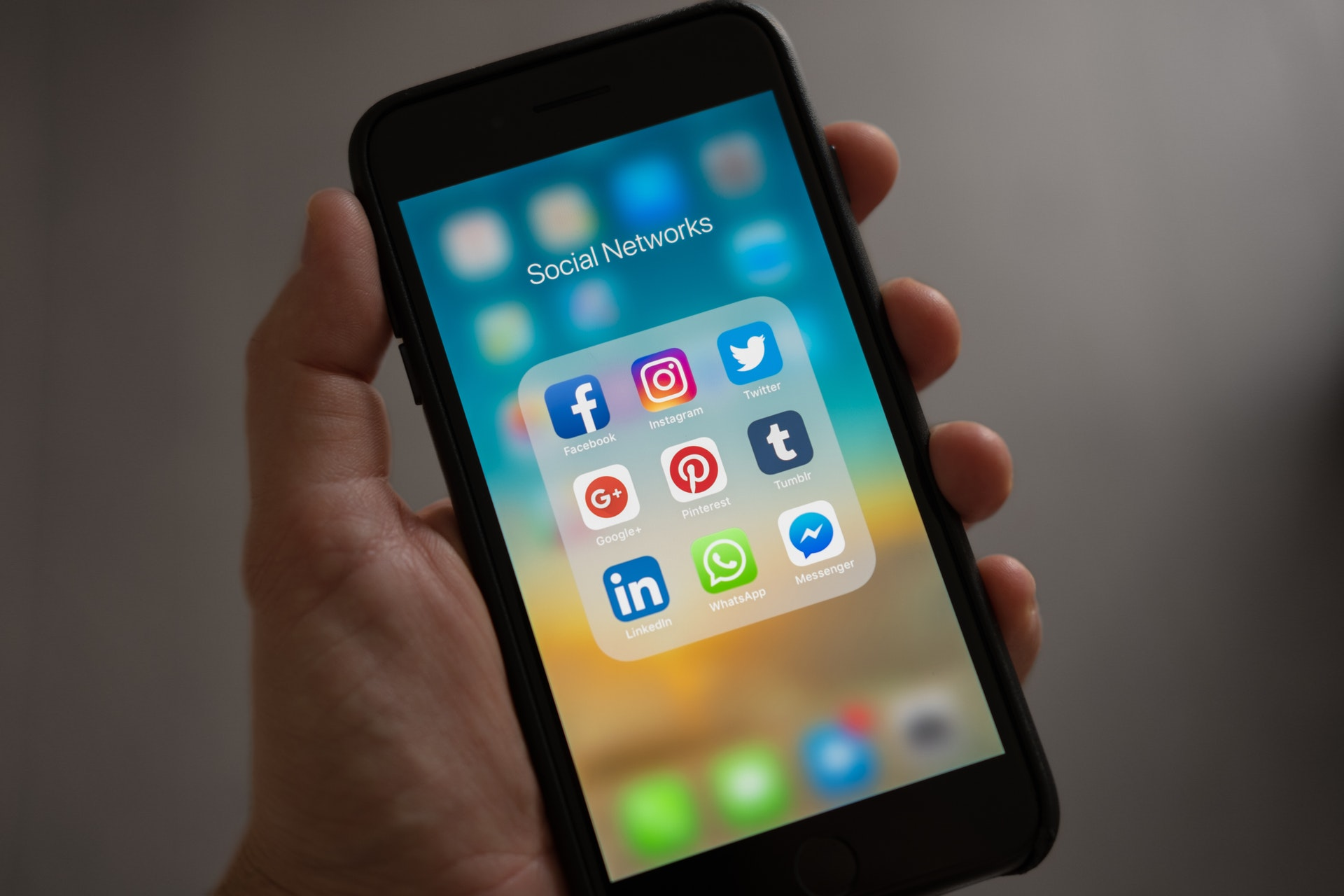 delete social media account